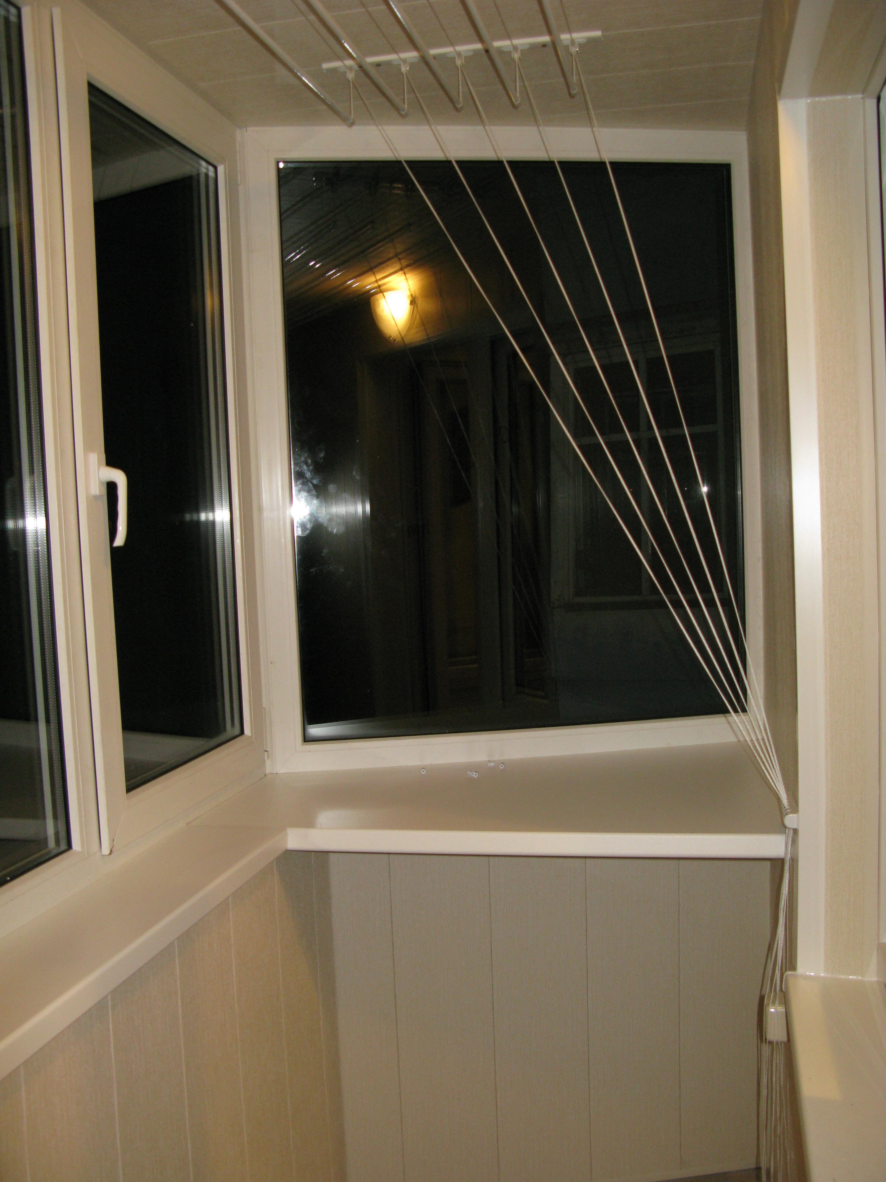 Остекление балкона: алюминиевое и пластиковое по доступной ц.